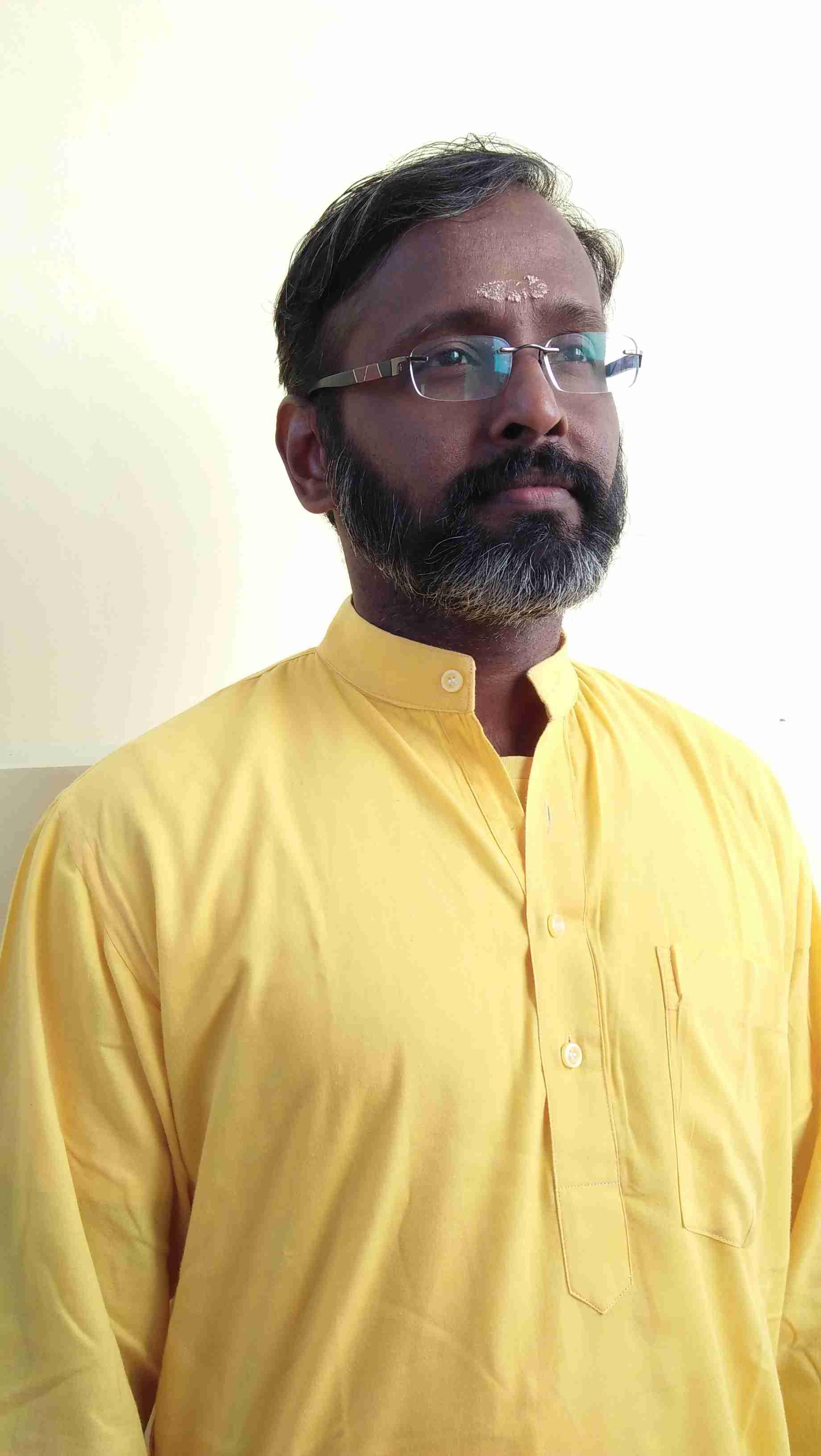 Swami Anand Chiatanya